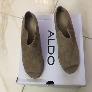 2cdcd3b28d5 Aldo Shoes - JACQUELINE Beige Peeptoe ALDO Shoes Sz 10